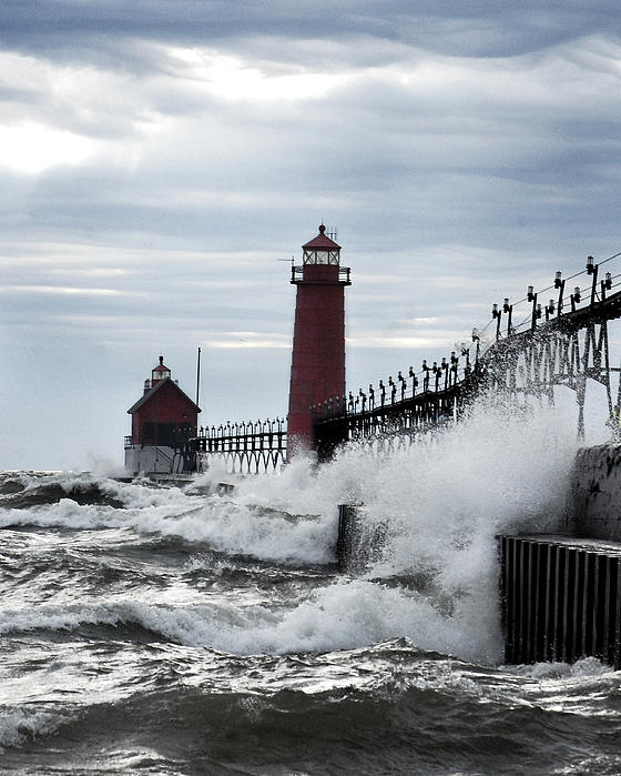 Rae Jean Erickson - Grand Haven Lighthouse