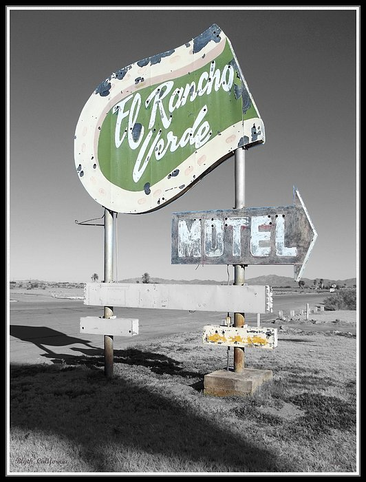 Glenn McCarthy Art and Photography - Last Chance Motel