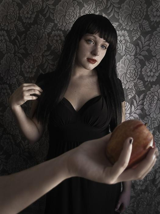 Katie Boyd - Snow White and the Poison Apple