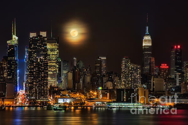 Susan Candelario - Super Moon Over NYC