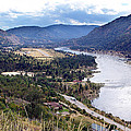 Janet Ashworth - Columbia River at Trail...