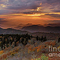 Itai Minovitz - Fall sunset over Cowee...