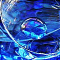 Sarah Loft - Glass Abstract 243