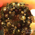Luther   Fine Art - Golden Christmas Wreath
