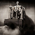 Greg and Chrystal Mimbs - Inside Lincoln Memorial...