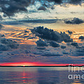 Olga Hamilton - Key Largo Cloudy Sunset
