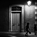 Spyros Papaspyropoulos  - Kids playing in the night