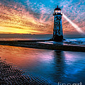 Adrian Evans - Light House Sunset
