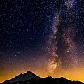 Alexis Birkill - Milky Way over Mount...