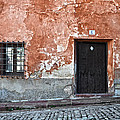RicardMN Photography - Old house over cobbled...
