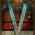 Mike Savad - Steampunk - Alphabet - V...