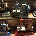 Jane Linders - Toy Sewing Machines