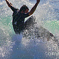 Diana Sainz - Wave Surfer By Diana...