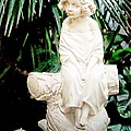 Kathleen Struckle - Young Child Statue